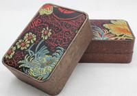 Caja de embalaje de la joyería de jade de alta calidad fabricante venta directa crisantemo brocado colgante marca grande caja colgante