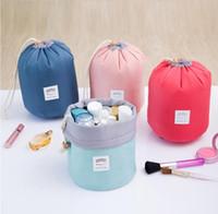 جديد الكورية أنيقة برميل سعة كبيرة شكل النايلون غسل المنظم التخزين السفر تسريحة الحقيبة حقيبة ماكياج التجميل للنساء