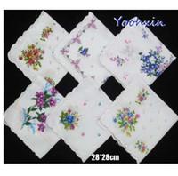 5 pçs / lote 28 CM de Algodão QUENTE branco rendas Impresso mulheres quadrado lenço Das Senhoras lenço Crianças toalha de casamento festa de presente de Natal