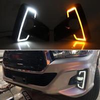 2PCS LED diurnas Luz Para Toyota Hilux Revo Rocco 2018 2019 virar amarelo Sinal Relé Car 12V LED DRL Daylight
