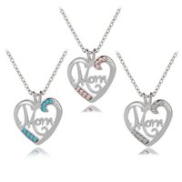 Mothers Day Mom Heart Necklace 3 Colors Love Strass White Pink Blue Collane con ciondolo per regalo madre