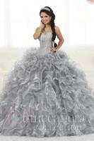 2021 Wunderschöne schwere Perlen Organza Quinceanera Kleider für süße 16 Kugelkleider Schatz Rüschen Abend Party Kleid