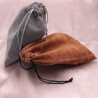 핫 세일! 웨딩 졸라 매는 끈 파우치 선물 가방 포장 50PCS / 많은 15x20cm 한 coloful 장식 벨벳 가방 크리스마스 보석 로고를 사용자 정의 할 수