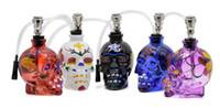 Стеклянная цветная черепная черепная стеклянная бутылка с курительной трубкой