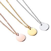 Delicado Disco redondo Collar Nombre personalizado Collar inicial para parejas Día de San Valentín Regalo del día de la madre Grabado gratis