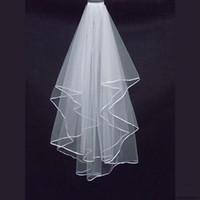 Deux couches de mariage Voiles pas cher avec tombeau blanc satin bord bord satin bord deux couches accessoire de mariée voiles
