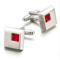 Nuevo Cuadrado de cristal rojo Gemelos Gemelos de diamantes de imitación de color rojo Novio de boda Regalo Gemelos Wholesale 233