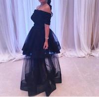 Sıcak Seksi Siyah Bir Çizgi Balo Abiye Abiye 2019 Kısa Kollu Beteage Boyun Ucuz Parti Elbiseler Kat Uzunluk Özel Durumlar M4