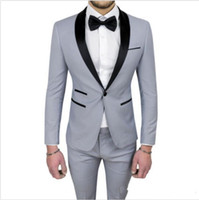 Brand New Gray Men Wedding Tuxedos Esmoquin de novio de alta calidad Black Shawl Lapel Center Vent Men Blazer Traje de 2 piezas (chaqueta + pantalón + corbata) 613