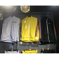 Palm Angels Chaquetas Mujeres Hombres Rainbow Exclusive Palm Angels Chaqueta Joggers Rayas Yellow Black White Chaquetas