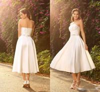 e044da460b 2018 Vestidos de novia de longitud nueva con pliegues Cuentas de cristal  Sash Corto país de