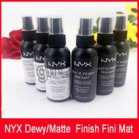 NYX Dewy Finish Fini Mat NYX Dewy Finish Fini Veloute Finitura opaca Trucco Spray Spray Long lasting Setting 60ML