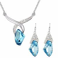 2017 fábrica de regalos de Navidad Al Por Mayor de Cristal Austriaco Pendientes Collar de diamantes de imitación cisne colgante de joyería de moda conjuntos 83008