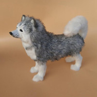 Dorimytrader Squatting Dog Realista Husky Pelúcia Brinquedo de Pelúcia Polietileno Simulação de Simulação de Animais de Estimação Cães de Estimação Decoração de Casa Boneca Caçoa o Presente