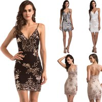 Sexy Spaghetti-Trägern Pailletten Kleid 2018 New Fashion V-Ausschnitt Sleeveless Backless Frauen Sommerkleid Luxus Party Club Wear Mini Pailletten Vestidos