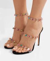 Moda di lusso Estate multicolore strass tempestato di tacchi alti Scarpe da sposa femminile Plexi fibbia cinturini alla caviglia di cristallo Sandali delle donne