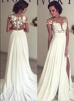 2018 Bohemian Chiffon Abiti da sposa economici Sheer Crew collo in pizzo Appliques High Spplit Hollow Back Boho Beach Abiti da sposa lunghi