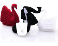 Swan Velvet Pierścienie Naszyjniki Wisiorek Biżuteria Pudełka Dobra Jakość Nowa Biżuteria Pudełka Pudełka Black White 458
