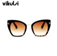 Новый Модный Бренд Дизайнер Cat Eye Солнцезащитные Очки Женщины Tom Sun Очки Большой Размер Cateye Старинные Негабаритных Женский Градиент Точки