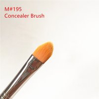 MACCHINA 195 Concealer Brush - Large Flat Tapered Concealer B...