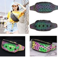 40pcs 2018 New Fashion Luminous Fanny Packs Women Long PU ge...