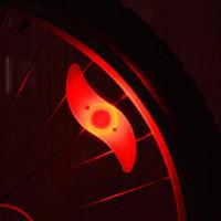 Avec batterie Rayons de vélo Light Mountain Bike Led Light Safety Lumières de roue de vélo Trois modes Lumières de vélo Accessoires de cyclisme