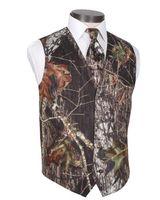 2021 Modestando Camo Groom Coletes Rústico Vista de Casamento Tronco de árvore Folhas de Primavera Camuflagem Slim Fit Vests Men's Set (Vest + Tie) Feito Personalizado