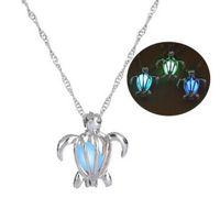 Chapado en plata Cadena de la luna Collares de tortuga Colgantes que brillan intensamente en la oscuridad Collar Llamativo Mujeres Collar Gargantilla Joyería luminosa