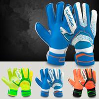 Nuevos guantes de portero de fútbol Protección de dedos Hombres profesionales Guantes de fútbol Adultos Niños Portero más grueso Guantes de fútbol Luvas de futebol Sem