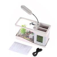 USB Desktop Aquarium Mini serbatoio di pesce con acqua corrente Orologio LCD Orologio sveglia colorato LED Lampada luce calendario contiene 1,5 litri per Home Office