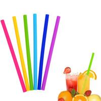 Bevande alla cannuccia siliconica Negozio Cucina Frullati flessibili in silicone riutilizzabile Cannucce Estive compatibili con l'ambiente Cannucce colorate Utensili per bibite intere