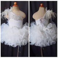 Eine Schulter 2019 Feder Perlen Strass Mädchen Pageant Kleider Cupcake Kleine Blume Mädchen Kleider Kinder Kleinkind Glitz Birthday Säugling