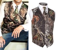 2018 New Real Camo Wedding Groom Vests Tree Trunk Leaves Spring Camouflage Slim Fit Mens Suits 2 piece set Farm Wedding Vest and Tie Set
