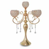 우아한 새로운 높이 5 팔 결혼식은 결혼 훈장 중앙 장식을위한 금 수정 candelabra를 장미