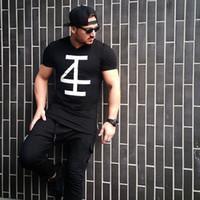 새로운 브랜드 남성 T 셔츠 피트니스 보디 빌딩 짧은 소매 T 셔츠 패션 레저 근육 활성 남성 슬림핏 핫 티 탑 뜨거운