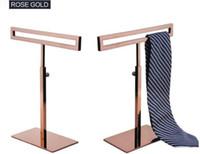2pcs heißer Verkauf hohe Qualität Männer Krawatte Display Stand Stainess Stahl Frauen Schal Halter verstellbare Krawatte Perücke Tasche Geldbörse Display Rack