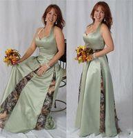 Halter Halsgrün gedruckt Satin Mutter der Brautkleider mit Camo Satin Hochzeit Gastkleider Plus Size Sweep Zug Formale Abendkleider