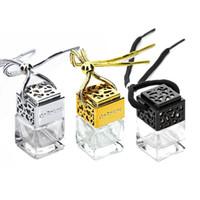 Bouteilles de parfum de voiture de verre de forme carrée pendentif Bouteille de diffuseur de voiture de suspension vide de 6ml de parfum avec chapeau en bois