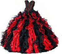 2020 nouvelle robe de bal rouge et noire Sweet 16 robe de billes Quinceanera robe doré Appliques de la robe de fête formelle Vestidos de 16 anos QC1262