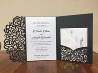 2018 Invitaciones de boda asequibles Invitaciones de boda de bolsillo con corte láser Suites Invitaciones personalizables con sobre En blanco Interior personalizado Impreso