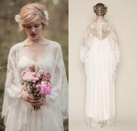 Vestidos de boda románticos del cordón de Boho 2019 Nuevo diseño Blanco marfil Venta caliente de encargo A-Line V-cuello de manga larga Sheer Beach vestidos de novia W070