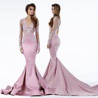 2020 Neue Festzug-Kleid-Nixe Sheer tiefere V-Ausschnitt Spitze Sweep Zug Satin plus size Lange Ärmel Abendkleider Promi Abendkleider