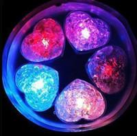 사랑 심장 얼음 블록 Led 조명 다채로운 플래시 아이스 큐브 물 빛 Nightlight에서 빛나는 빛을 파티 장식 lin2658