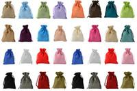 7x9 سنتيمتر 9x12 سنتيمتر 10x15 سنتيمتر 13x18 سنتيمتر العديد من الألوان مصغرة الحقيبة الجوت حقيبة الكتان القنب المجوهرات هدية الحقيبة الرباط أكياس لحضور الزفاف، الخرز