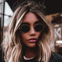 Sevimli seksi retro oval güneş kadınlar ünlü marka küçük altın siyah 2018 vintage retro güneş gözlükleri kadın kırmızı gözlük óculos