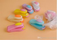 Máquina del lacre de la bolsa de plástico del color del caramelo de Mini Capper del hogar Sellador de cerámica del cabezal de calefacción para el hogar