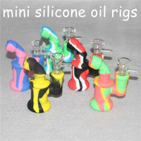 Silicone Bong Water Pipes Camouflage Pure Color Silicone Oil Rigs mini bubbler bong Narghilè con vetro Bowl nettare collettore strumenti dabber