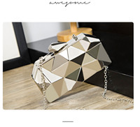 Mode Kvinnor Metallkopplingar Toppkvalitet Hexagon Mini Party Black Evening Purse Silverväskor Guldkåpa