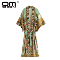 OMCHION blusa Feminina Vintage Çiçek Baskı Uzun Kimono Kadınlar Casual Boho Bluz ile Sashes 2018 Yaz Kimono Hırka QS374