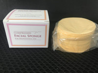Esponjas faciales de celulosa natural comprimida de la venta caliente (50 cuentas) esponja comprimida 65m m * 10m m para el uso profesional 50pcs / set